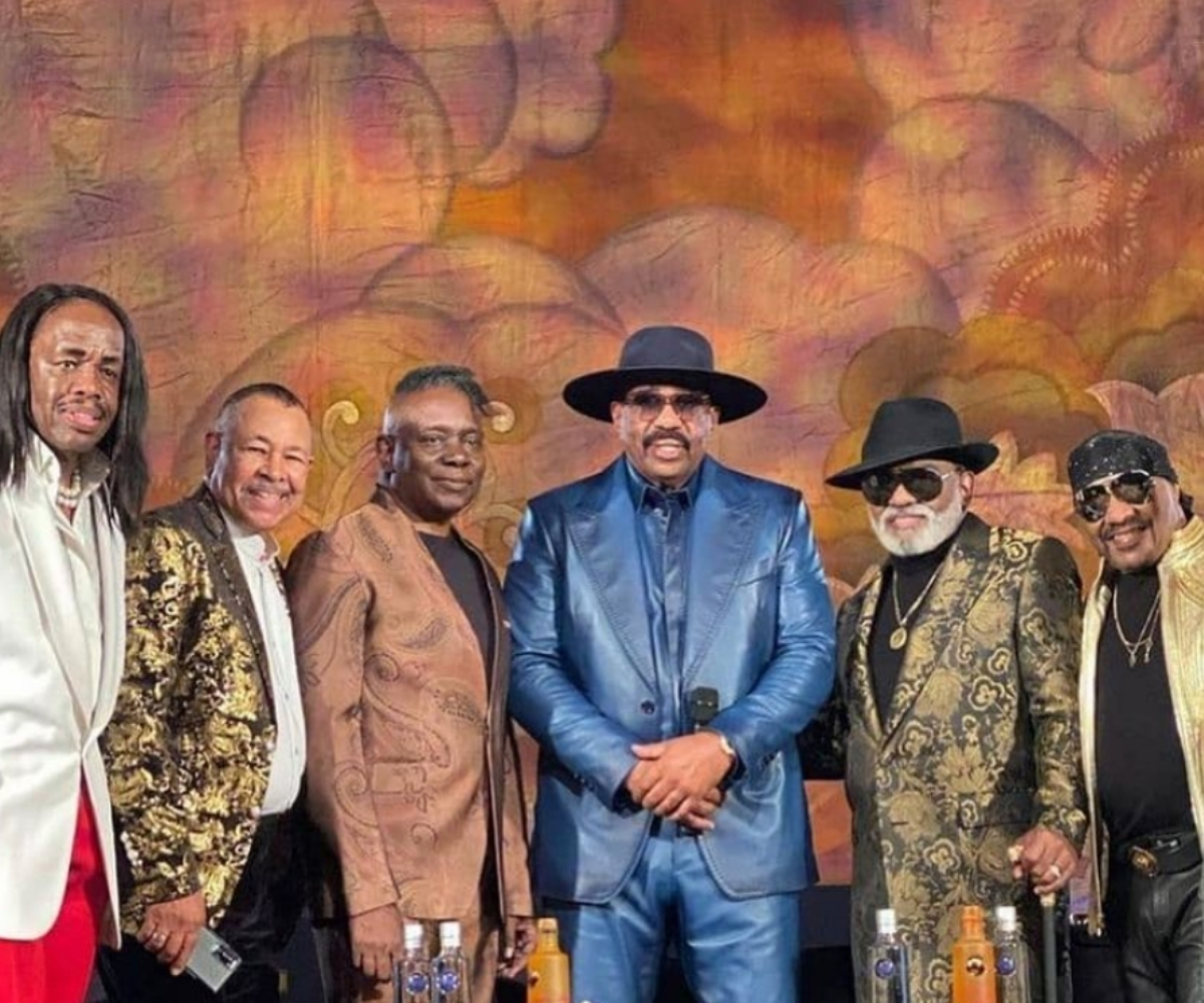 earth-wind-fire-the-isley-brothers-verzuz-battle-fashion-looks