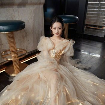 zhao-liying-wore-guo-pei-haute-couture-dior-to-the-2021-harpers-bazaar-icons-party