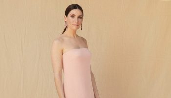 sarah-levy-wore-monique-lhuillier-2021-sag-awards