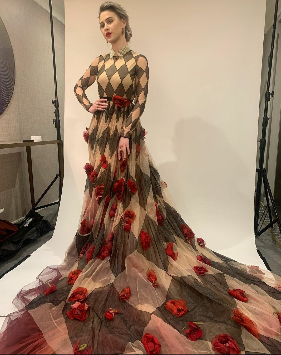 maria-bakalova-wore-dior-2021-sag-awards
