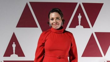olivia-colman-wore-christian-dior-haute-couture-2021oscars
