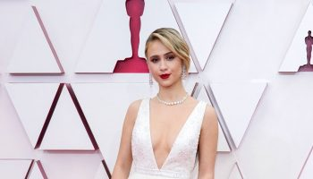 maria-bakalova-wore-louis-vuitton-2021-oscars