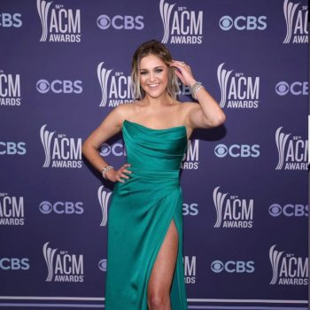 kelsea-ballerini-wore-dolce-gabbana-the-2021-academy-of-country-music-awards