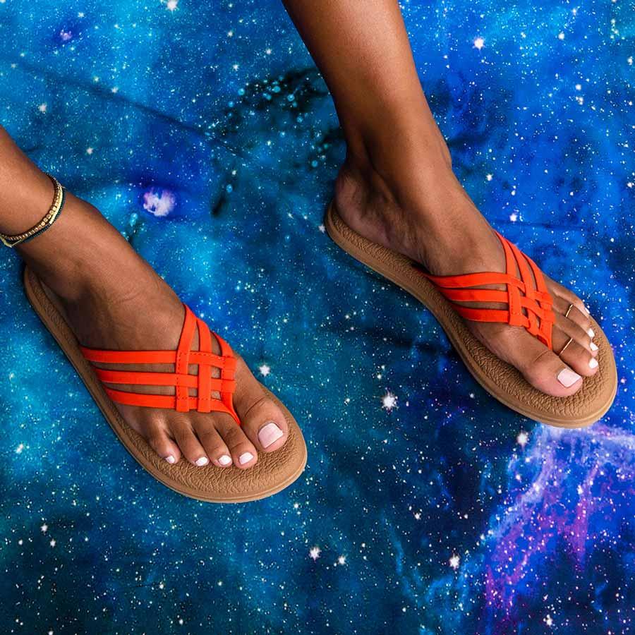 wear-the-best-custom-flip-flops-this-summer