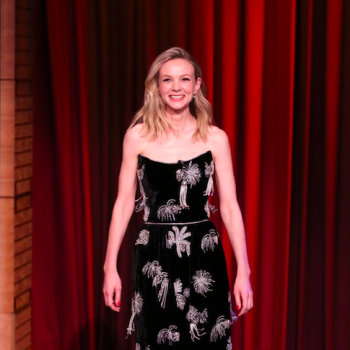 carey-mulligan-wore-markarian-tonight-show-starring-jimmy-fallon