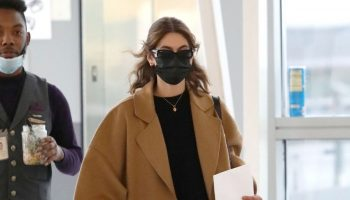 kaia-gerber-wore-loewe-coat-jfk-airport-may-11-2021