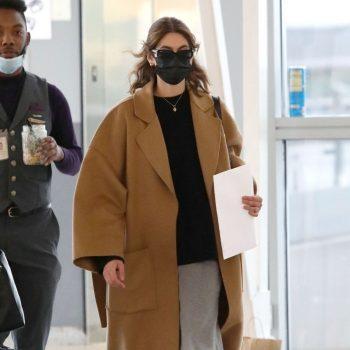 kaia-gerber-wore-loewe-coat-jfk-airport-may-11-2021