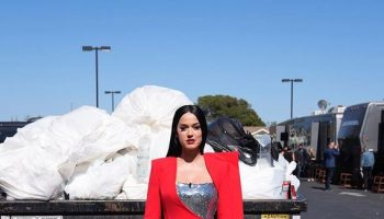 katy-perry-wore-melique-street-for-the-american-idol-finale