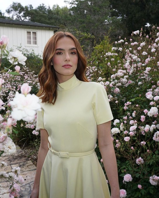 zoey-deutch-wore-emilia-wickstead-on-the-today-show