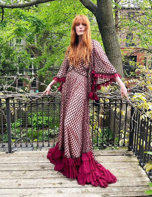 florence-welch-wearing-gucci-promotes-call-me-cruella