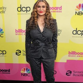 miss-tina-knowles-lawson-in-embellished-suit-2021-billboard-awards