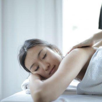 essential-equipment-for-a-top-notch-massage