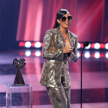 h-e-r-wore-gold-sequined-pantsuit-2021-iheartradio-music-awards