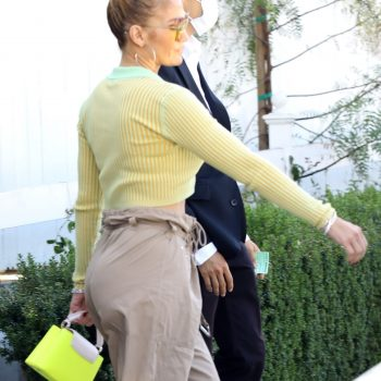 jennifer-lopez-out-to-lunch-in-west-hollywood-june-11-2021