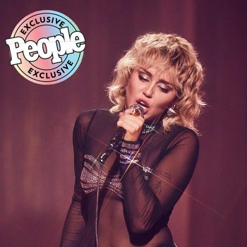 miley-cyrus-wore-jean-paul-gaultier-stand-by-you-pride-special