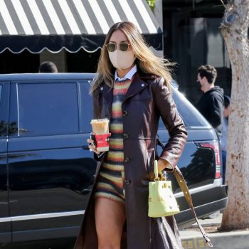 fashion-sizzler-of-the-day-eiza-gonzalez-in-helmut-lang-out-in-los-angeles
