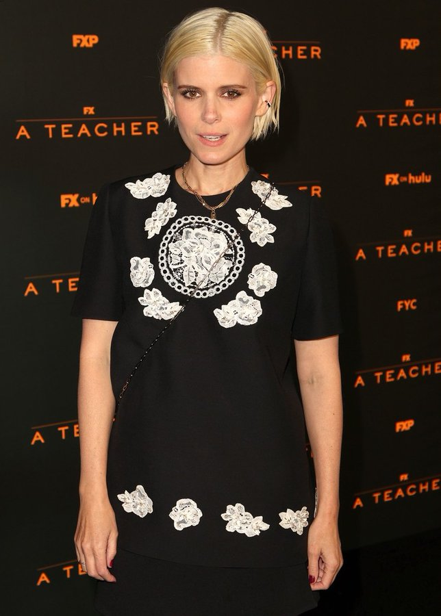 kate-mara-wore-valentino-a-special-drive-in-screening-of-a-teacher-in-pasadena