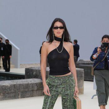 bella-hadid-dior-spring-2022-menswear-designed-by-kim-jones-with-travis-scott