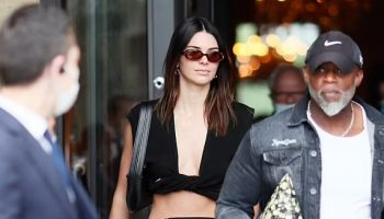 kendall-jenner-wears-jacquemus-out-in-paris-france-june-30-2021