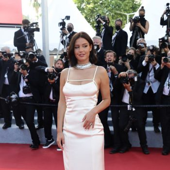 adele-exarchopoulos-wore-jacquemus-oss-117-from-africa-with-love-cannes-closing-ceremony