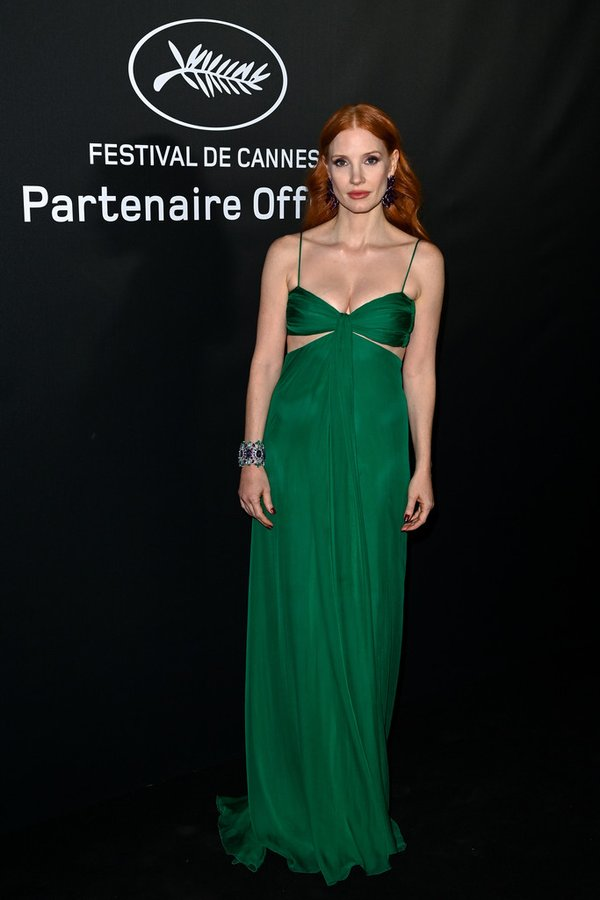 jessica-chastain-wore-valentino-trophee-choaprd-cannes-event