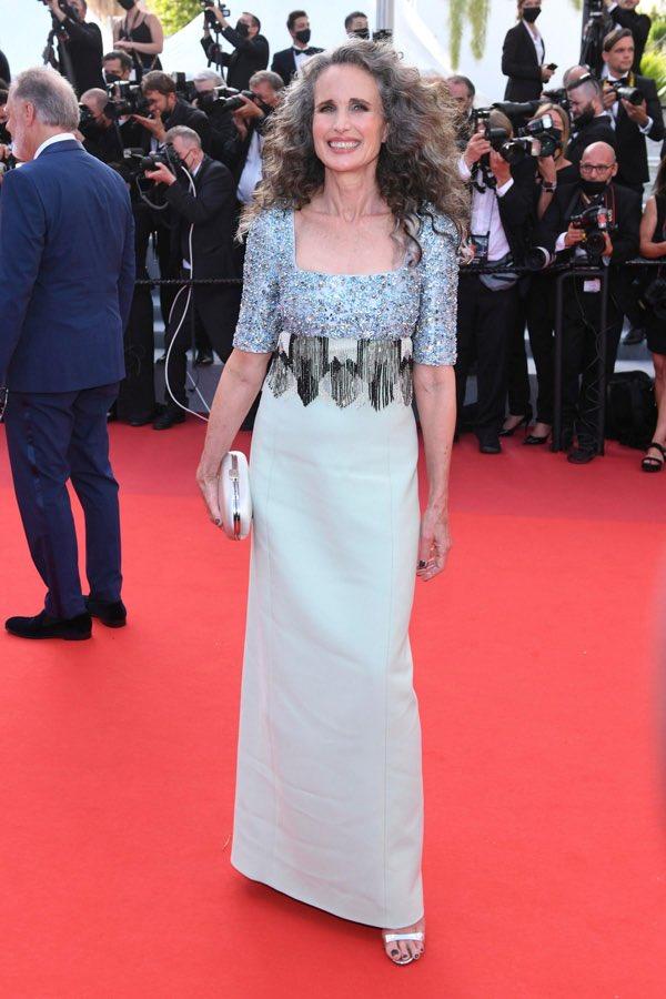 andie-macdowell-wore-prada-annette-cannes-film-festival-premiere