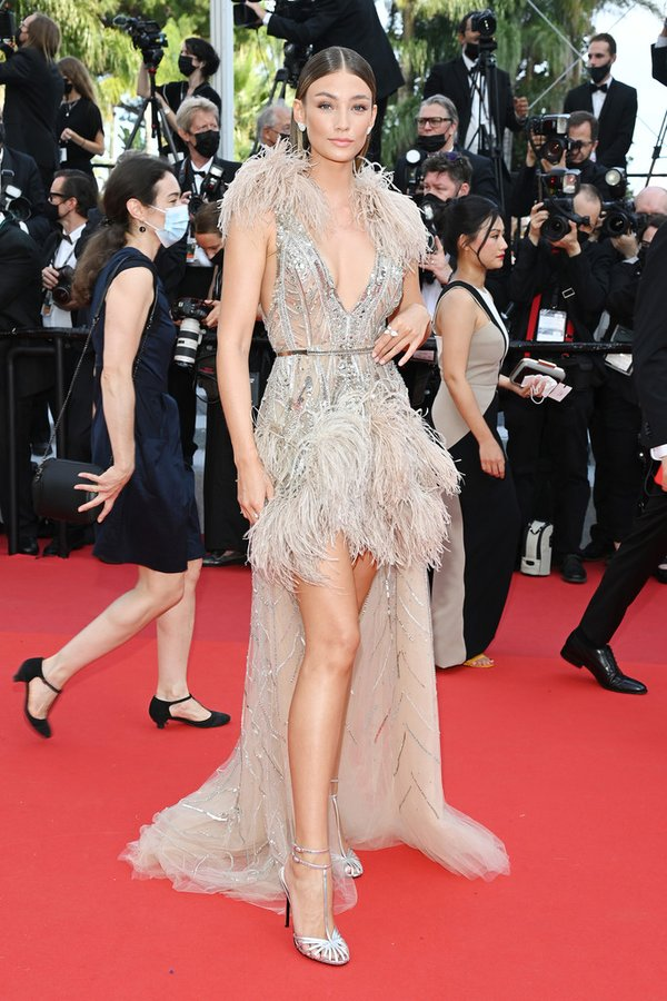 lorena-rae-wore-elie-saab-couture-tout-sest-bien-passe-everything-went-finecannes-film-festival-screening