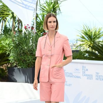 naama-preis-wore-chanel-aheds-knee-cannes-film-festival-photocall