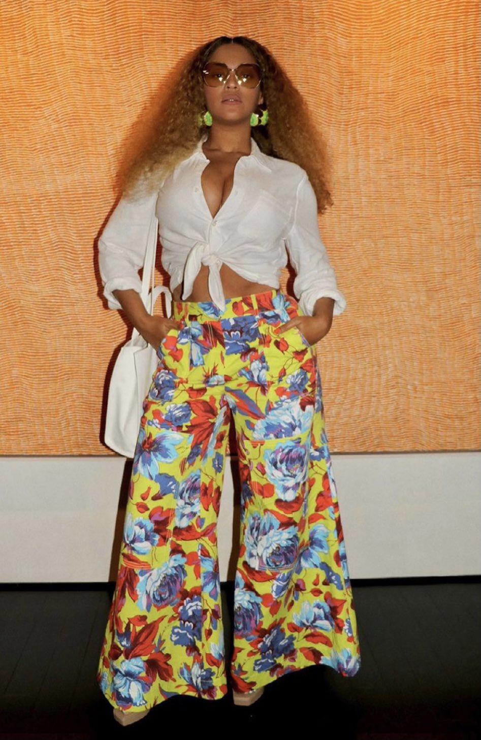 beyonce-wears-christopher-john-rogers-pants-telfar-bag-in-brooklyn-ny