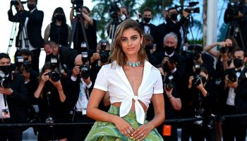 taylor-hill-wore-etro-tre-piani-three-floors-cannes-premiere