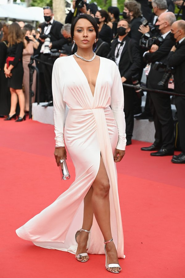 kat-graham-wore-boss-dress-the-french-dispatch-cannes-premiere