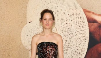 vicky-krieps-wore-chanel-haute-couture-old-new-york-premiere
