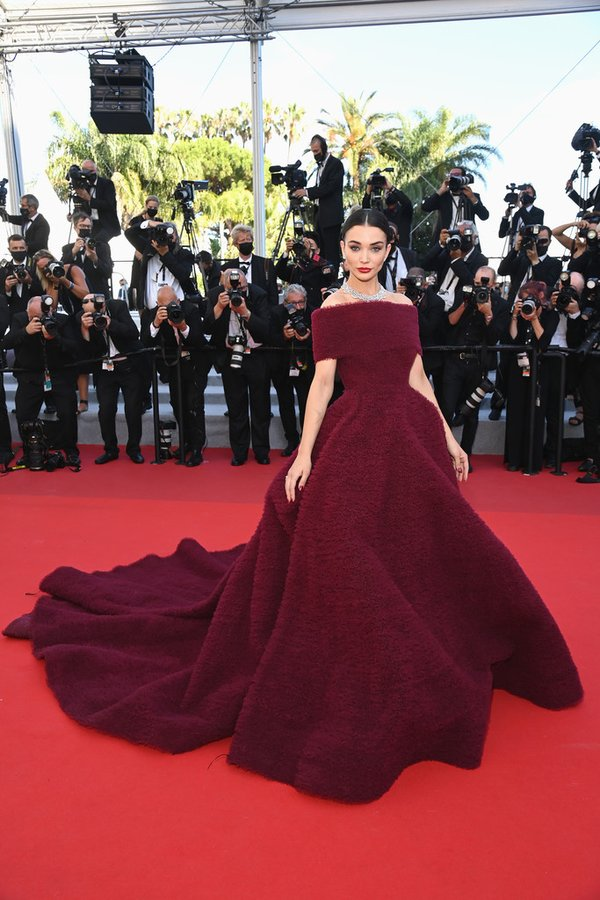 amy-jackson-wore-atelier-zuhra-the-story-of-my-wife-premiere