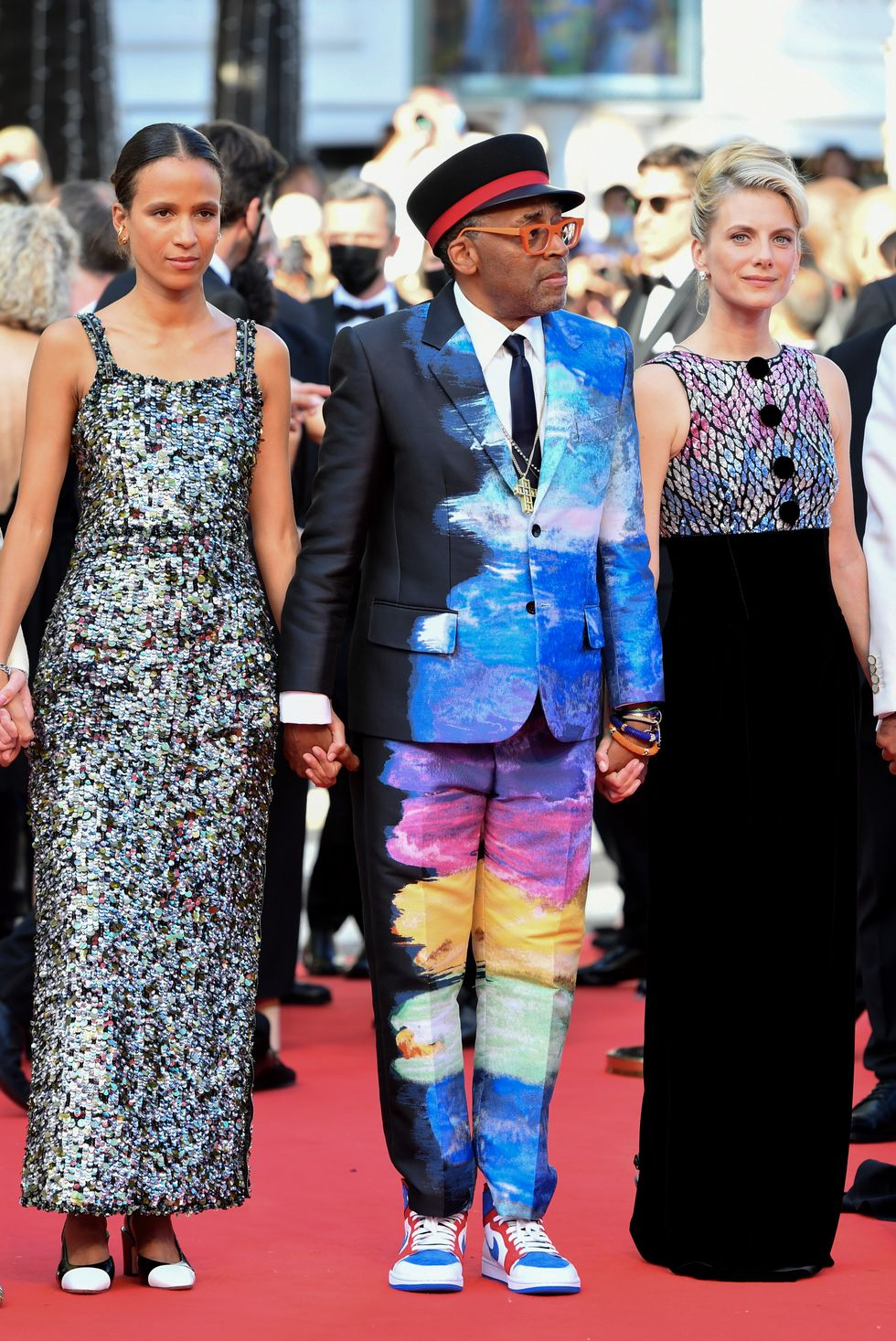 mati-diop-spike-lee-melanie-laurent-oss-117-from-africa-with-love-cannes-closing-ceremony