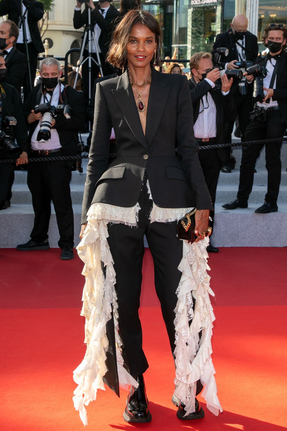 liya-kebede-in-alexander-mcqueen-suit-oss-117-from-africa-with-love-and-closing-ceremony
