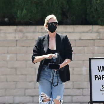 charlize-theron-wears-distressed-jeans-shopping-in-beverly-hills-07-16-2021