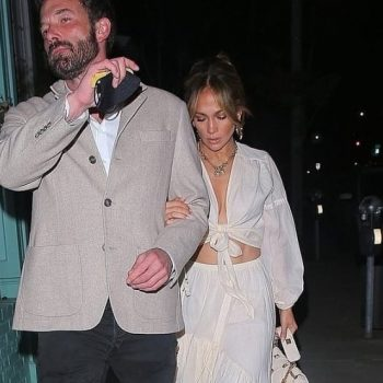 jennifer-lopez-with-ben-affleck-lock-arms-on-dinner-date-in-beverly-hills