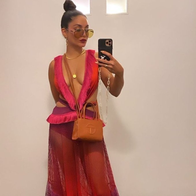 vanessa-hudgens-wore-patbos-while-aboard-in-italy