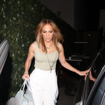 jennifer-lopez-goes-to-dinner-craigs-in-west-hollywood-08-11-2021