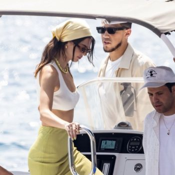 kendall-jenner-with-devin-booker-in-nerano-08-23-2021-2
