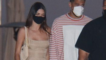 kendall-jenner-hold-hands-with-devi