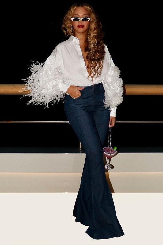 beyonce-knowles-wore-vaientino-feather-shirt-instagram-september-8-2021