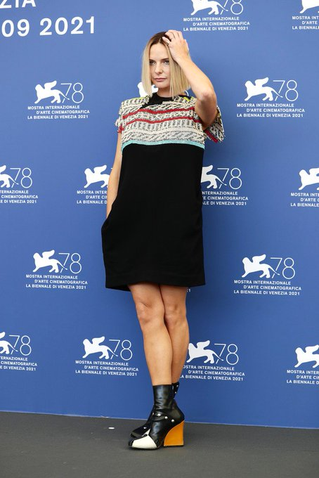 rebecca-ferguson-wore-louis-vuitton-dune-venice-film-festival-photocall
