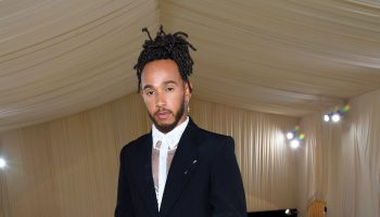 lewis-hamilton-used-his-table-at-the-met-gala-to-support-emerging-black-fashion-designers