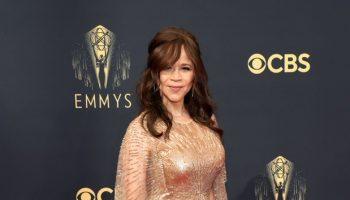 rosie-perez-wore-custom-pamella-roland-2021-primetime-emmy-awards