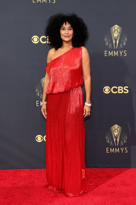 tracee-ellis-ross-wore-valentino-haute-couture-2021-emmy-awards