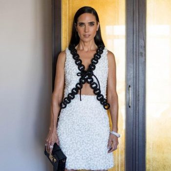 jennifer-connelly-wore-louis-vuitton-2021-emmy-awards