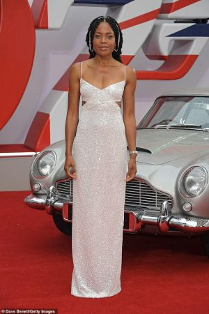 naomie-harris-wore-custom-michael-kors-collection-no-time-to-die-london-premiere