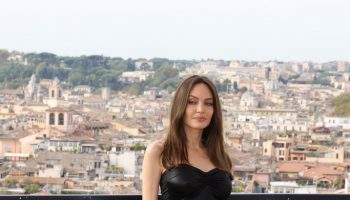 angelina-jolie-wore-dolce-gabbana-the-eternos-rome-photocall