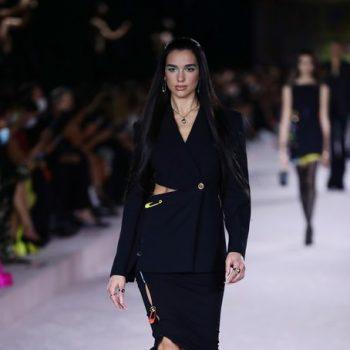 dua-lipa-walking-the-runway-versace-fashion-milan-fashion-week-spring-summer-2022